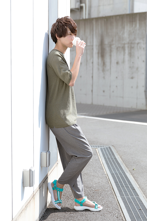 ハイキュー!! 青葉城西高校 モデル スポーツサンダル