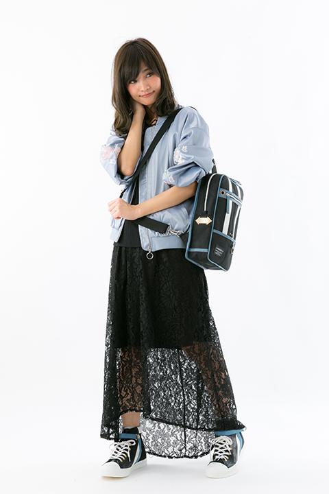 キリト モデル バッグ スニーカー 劇場版 ソードアート・オンライン -オーディナル・スケール-