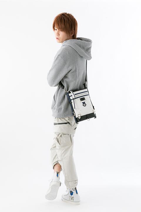 カイ=キスク モデル バッグ&スニーカーのコーディネート GUILTY GEAR Xrd -REVELATOR-