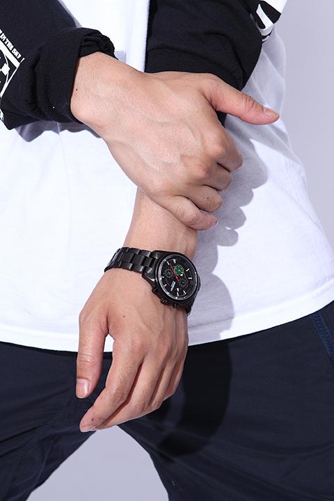ドラゴンボール モデル クロノグラフ 腕時計&スニーカー シューズ
