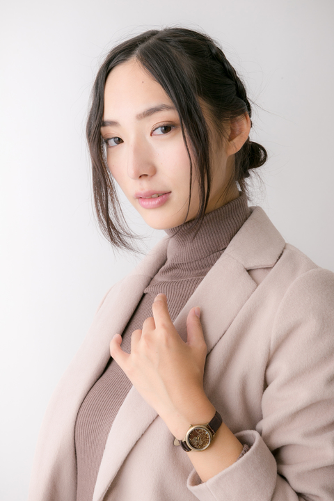 文豪とアルケミスト 芥川龍之介 モデル バッグ&ブーティ&腕時計