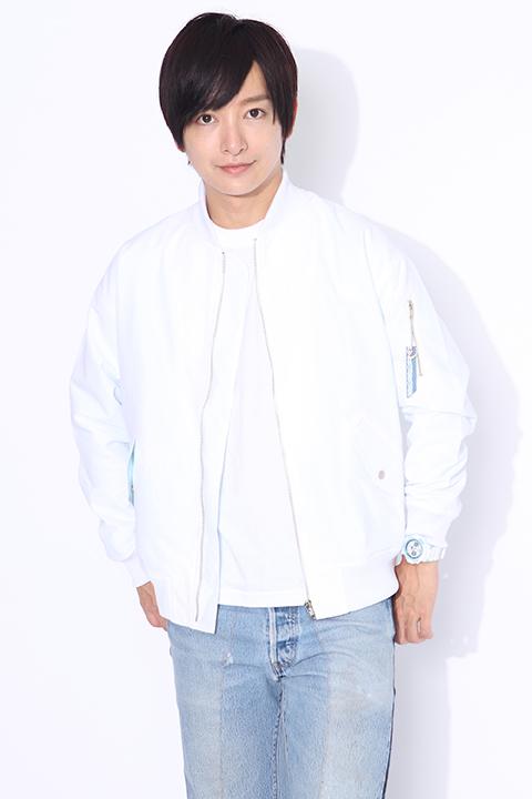 銀魂 坂田銀時 モデル ブルゾンジャケット&カットソー&バッグ&スニーカー&腕時計