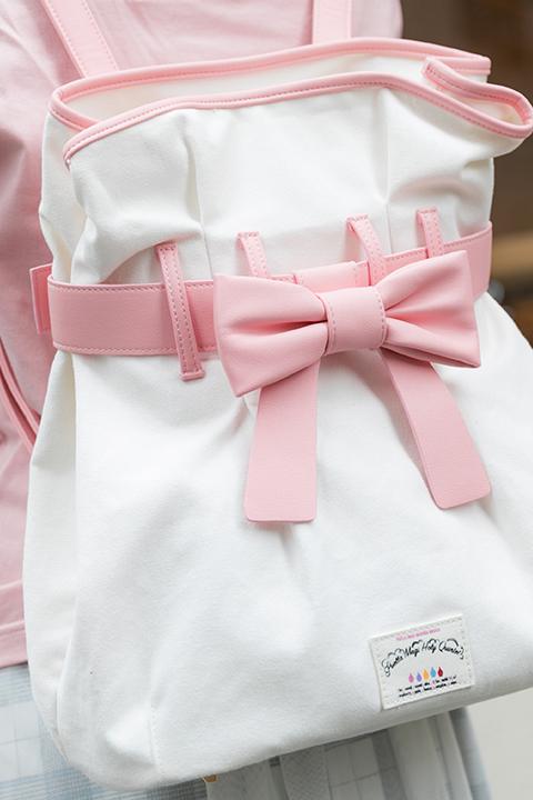 魔法少女まどか☆マギカ 鹿目まどか モデル Tシャツ&バッグ&スニーカー