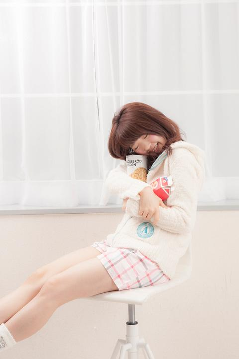 モコモコパーカ青葉城西高校モデル