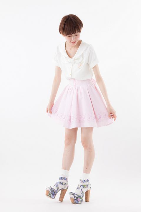美少女戦士セーラームーンCrystalオリジナル柄ストライプスカート