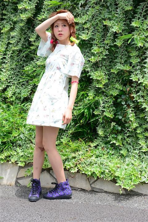 アスカ柄ワンピース+薔薇園の魔女の手下ストッキング
