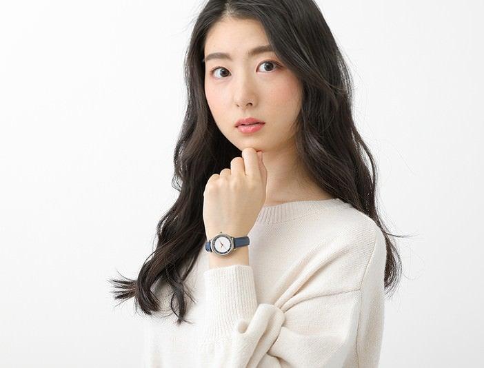 鳴狐 モデル 腕時計