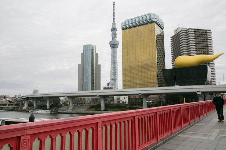 ②シュールな光景が日常的に存在している吾妻橋