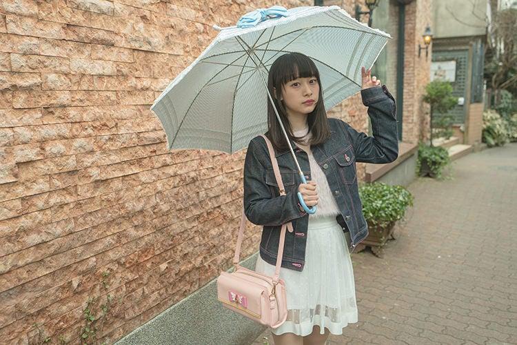 フレンチガーリーな傘は写真映えするアイテムで気に入ってます