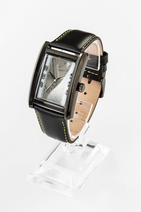 ニコラス・D・ウルフウッド モデル リストウォッチ 腕時計 トライガン