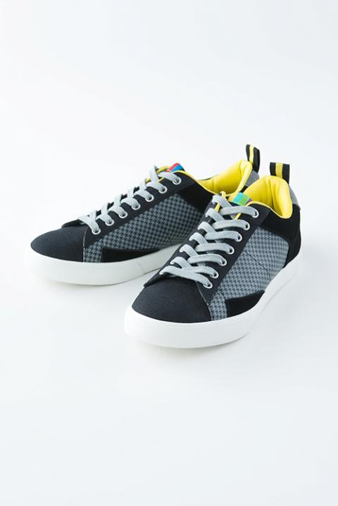 ペルソナ4 ザ・ゴールデン モデル スニーカー 靴