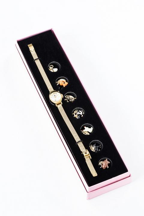 宴 モデル スイングチャームウォッチ 腕時計 フルーツバスケット