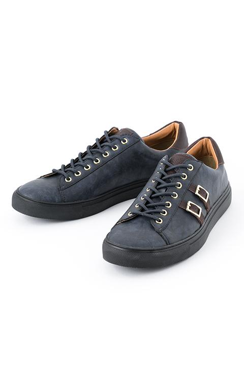 ミカサ・アッカーマン モデル スニーカー シューズ 靴 進撃の巨人