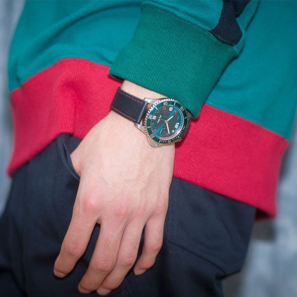 緑谷出久 モデル 腕時計 僕のヒーローアカデミア