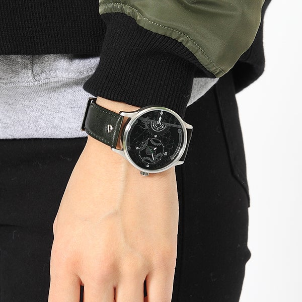 リヴァイモデル 腕時計 進撃の巨人