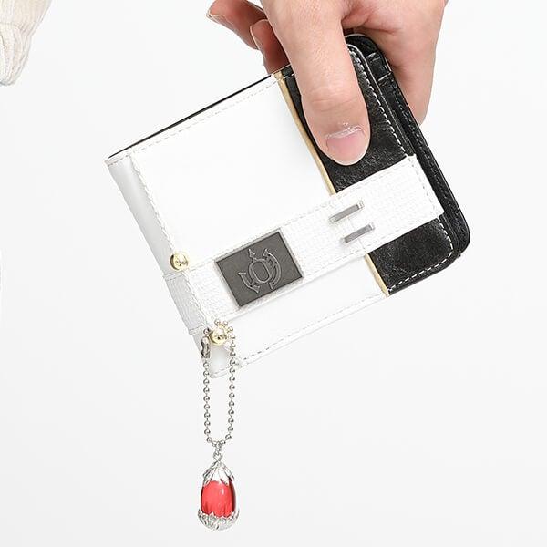 イオ モデル 二つ折り財布 CODE VEIN