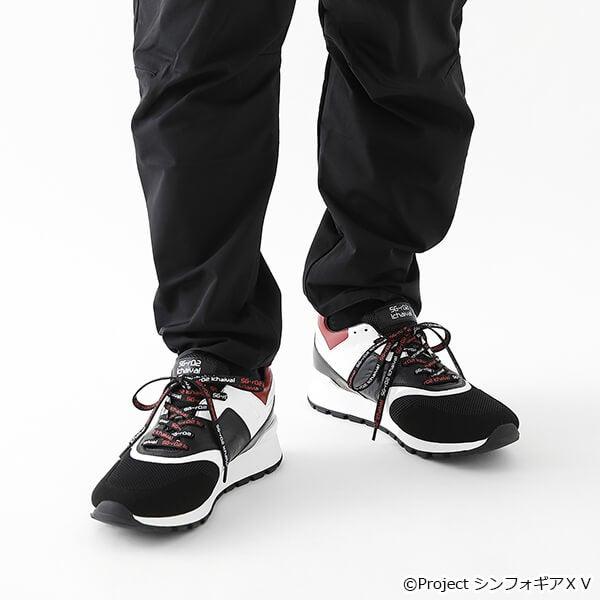 雪音 クリス モデル スニーカー 戦姫絶唱シンフォギアXV