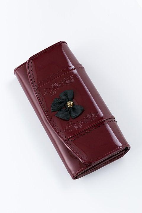 真紅 モデル 財布